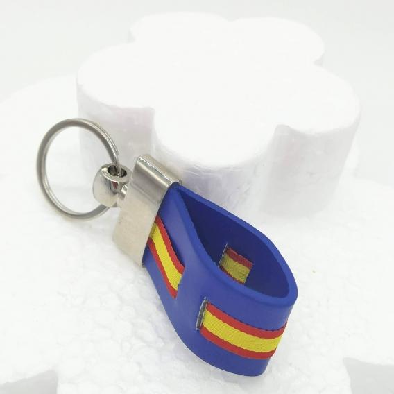 Llavero de plástico azul con bandera nacional para coche