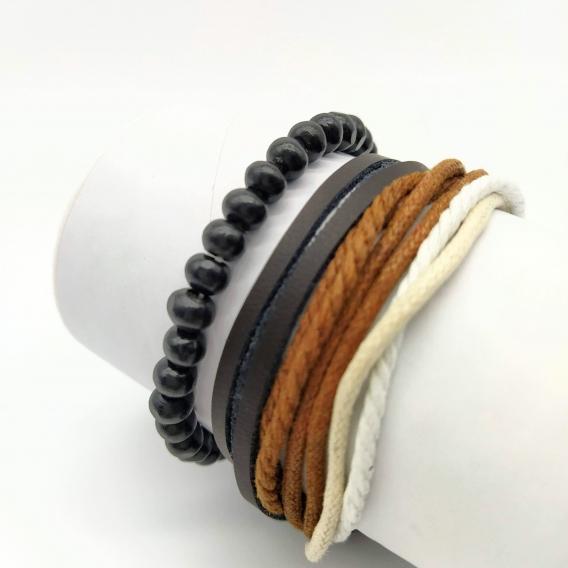Pulseras para hombre de cuero y cordón.