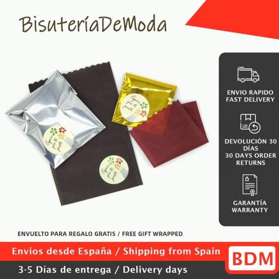 Mascarilla negra reutilizable facial de tela con la bandera de España, diseño original, lavable con apertura para filtro.