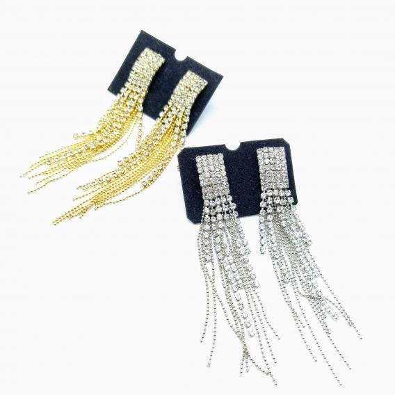 Pendientes grandes y largos con colgantes de brillantes y bolitas en plata o dorado