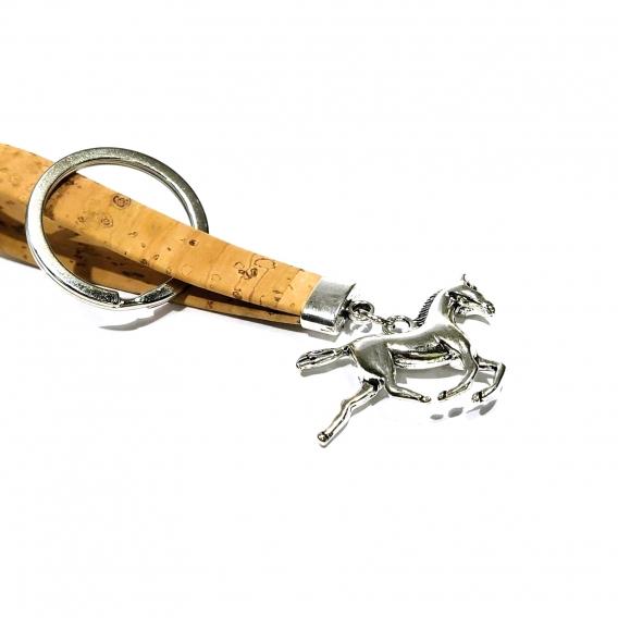 Llavero caballista para hombre y mujer de corcho original de caballo color plata con anilla