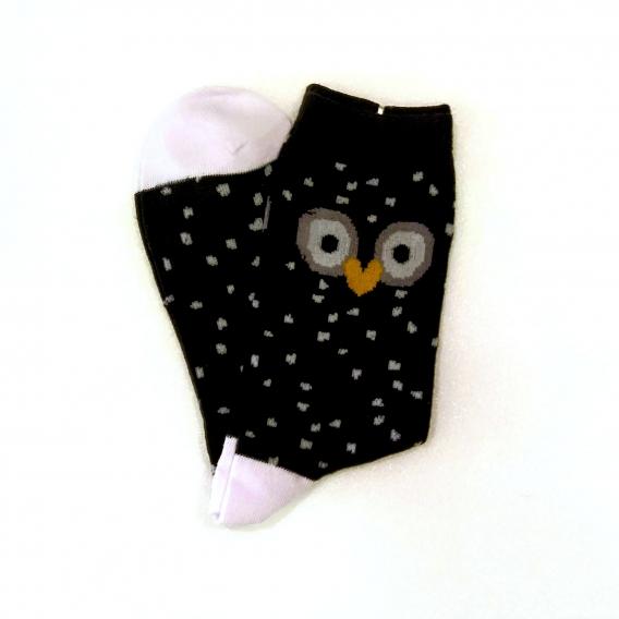 Calcetines oscuros con estampado de puntitos y búho en la talla 35-40