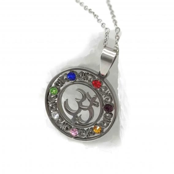 Collar siete chakras para mujer con cristales, de acero. Joyería de moda original.