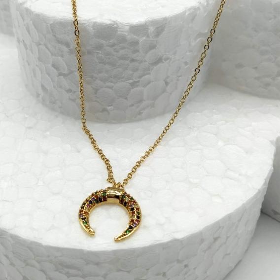 Collar-gargantilla luna invertida de piedras de colores bañada en oro (Golfi). Un regalo original.