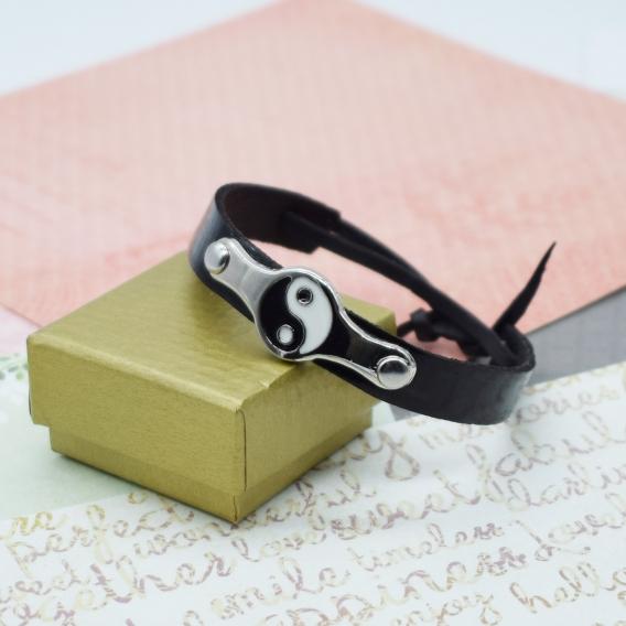 Pulsera yin yang de cuero color negro, brazalete  Feng Shu piel