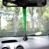 Colgante espejo retrovisor de coche de la Virgen del Roció con cinta verde o roja.