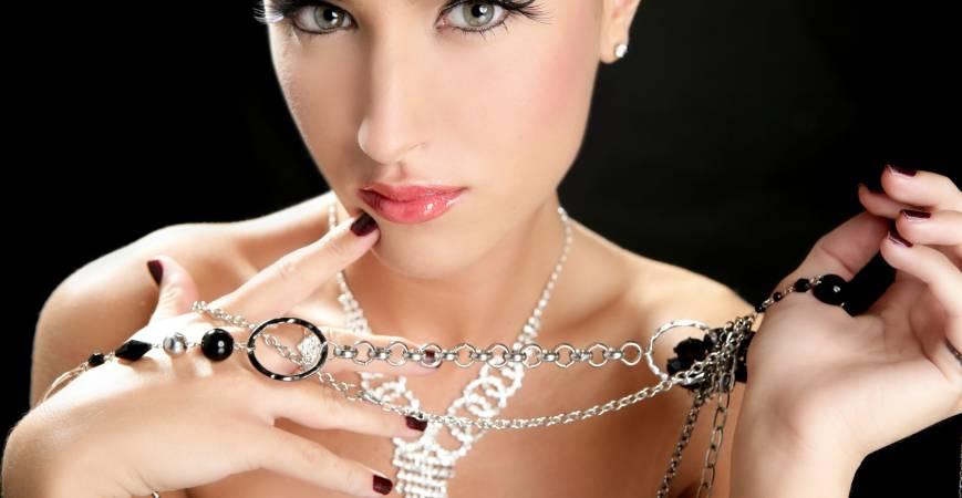 Collares de moda para mujer fabricados en Acero inoxidable