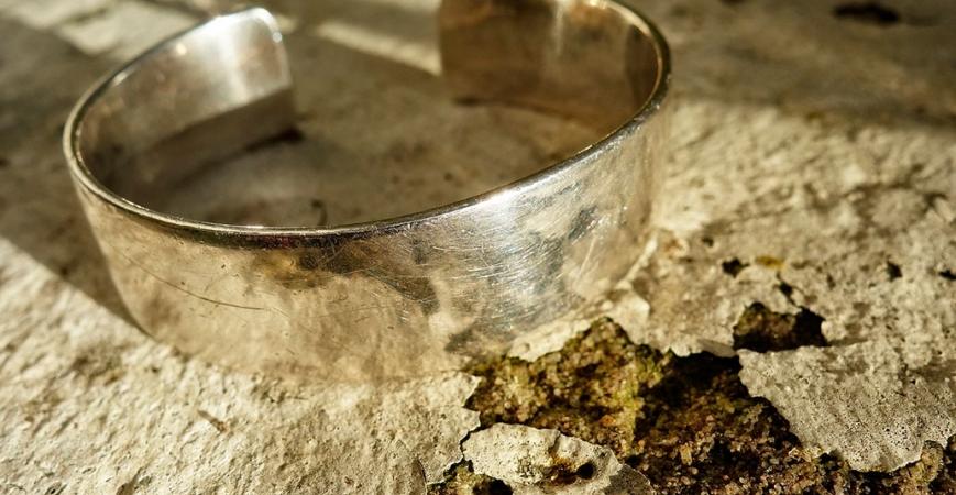 Consejos para limpiar tus joyas y que luzcan perfectas siempre